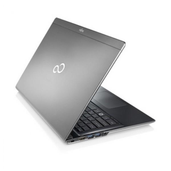 Fujitsu Lifebook UH552 i3 Silver W8 2Y Ultrabook